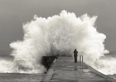 huge-wave-crashing-on-pier-dock.jpg